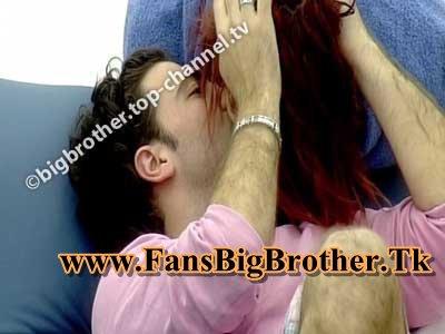 Ogreni puthë Nedën në Buzë