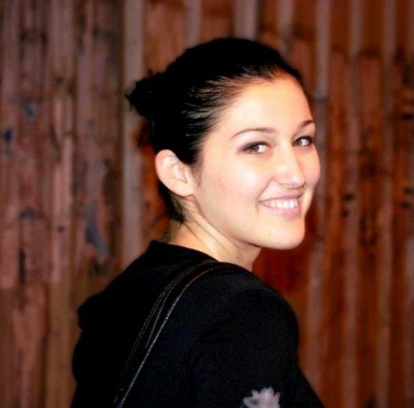 Simona: Ju rrëfej anën e panjohur të Nedës dhe raportet me banorët