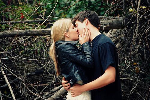 Les relations amoureuses ne sont jamais simples, mais quand tu trouves le bon, �a en vaut le coup. Degrassi.