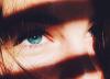 .  .    Les yeux de l'�tre qui nous aime nous servent de miroir.  .  .