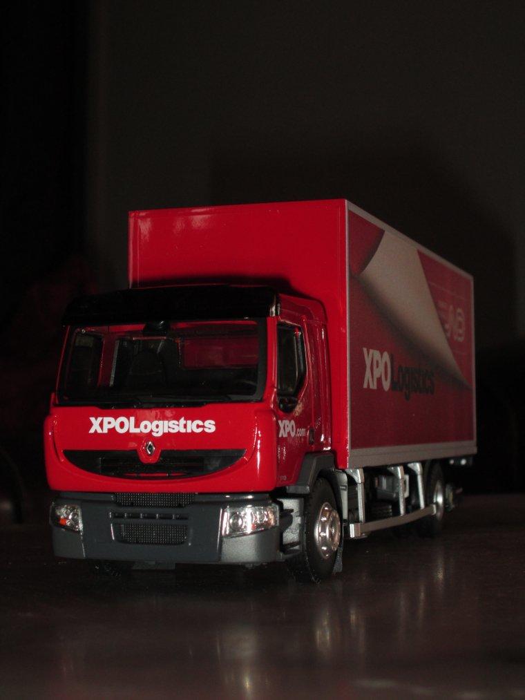 porteur renault premium distribution xpo logistics ..... A VENDRE......  n� 3/150