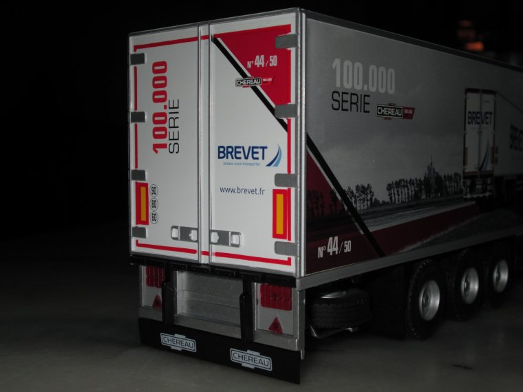 DAF XF euro 6 Sspace cab frigo chereau 100.000 eme transport brevet