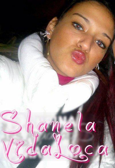 SeizeJanvierMilleNeufCentQuatreVingtTreize ; une PrinceSs` est N�e,   Shanela pour vous Bercez .. Je suis N�e pour rester au Top !