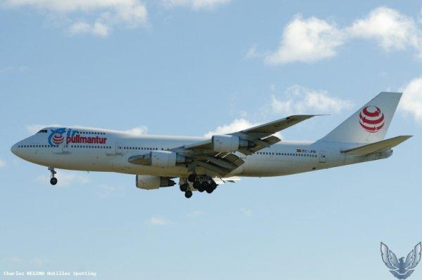 Air Pullmantur Boeing 747