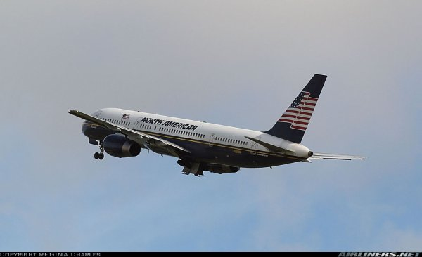 Visiteur > Boeing 757 North American Airlines