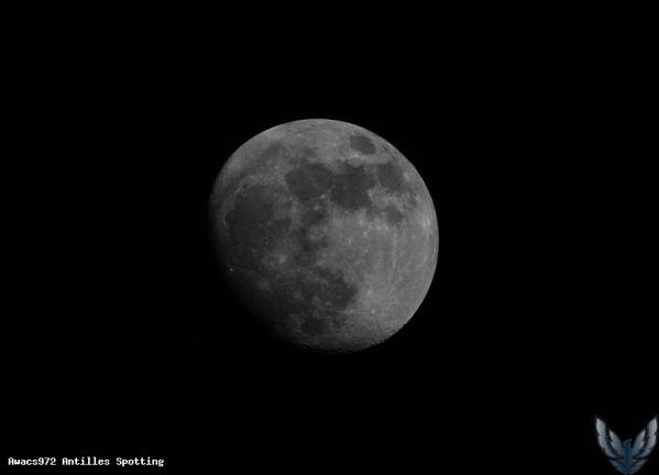 La  Lune !!