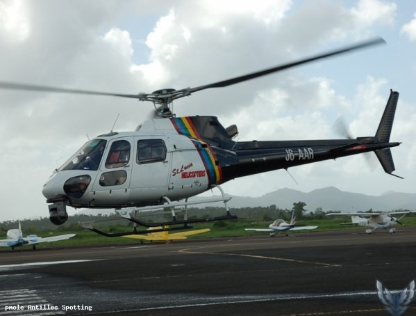 Helicoptère > Saint Lucia Helicopters .