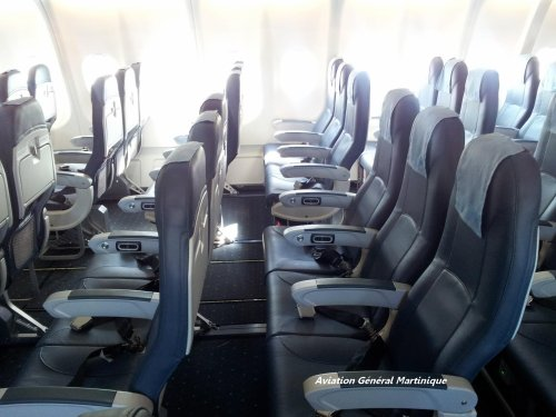 Articles de riri aviation972 tagg s xl airways l for Avion 747 interieur