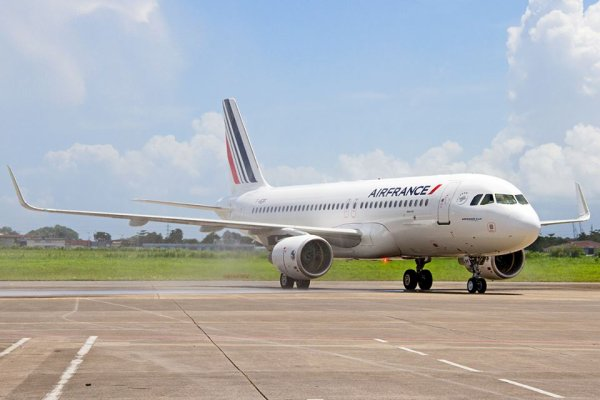 Guadeloupe > Nouvel Airbus A320 Air France