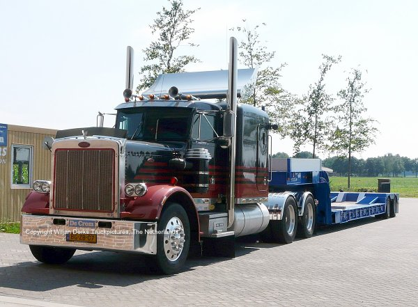 Veldhoven Netherlands  city pictures gallery : Peterbilt 359 De Crom, Veldhoven, The Netherlands American Trucks ...