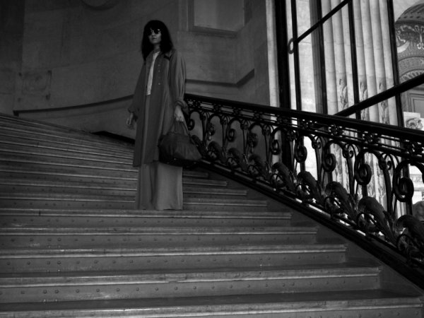 Irina Lazareanu walking into the Grand Palais before the Paco Rabanne show.