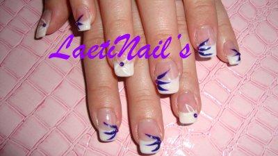 Avec Nail Art Violet et