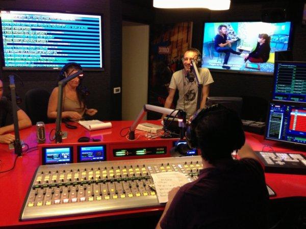 Toute l'�quipe de la Radio Libre dans le nouveau studio !
