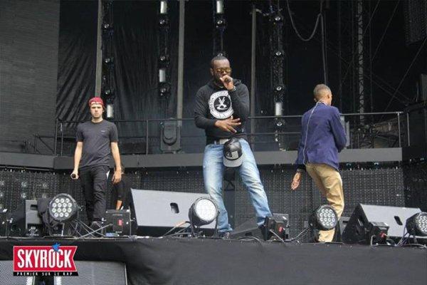 A.V.F. : OrelSan , Maitre Gims et Stromae sur la scène d' Urban Peace3