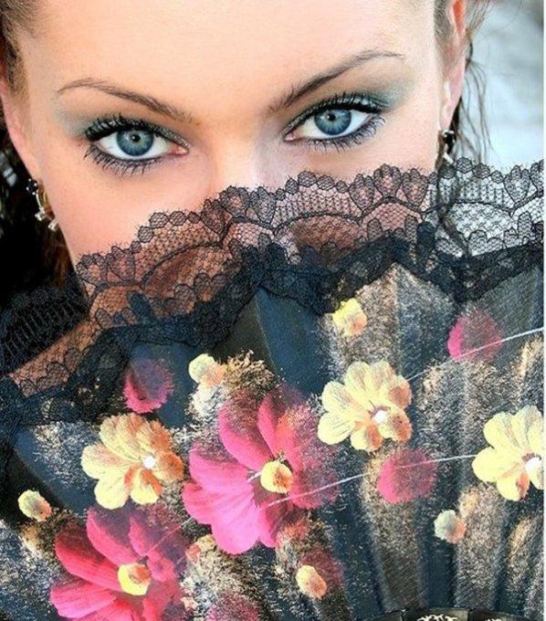 Les yeux sont le miroir de l 39 me blog de sandrinecaline for Miroir de l ame