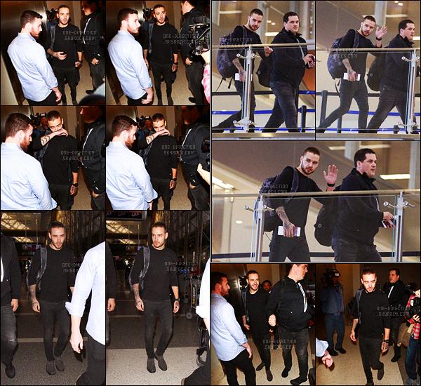 15/01/16 : Liam a �t� aper�u alors qu'il arrivait � l'a�roport international de � L.A.X � situ� � Los AngelesApr�s quelques jours sur le territoire am�ricain, Liam a reprit un vol en direction de la capitale anglaise o� une dizaine de fans, dont moi, l'attendaient