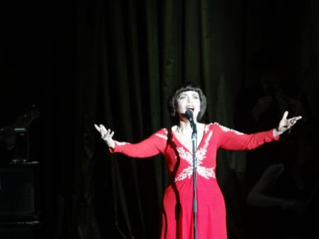 Mireille Mathieu in Moskau ( 2 ) mit kleinen Video