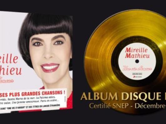Grüße von Mireille Mathieu zum Jahreswechsel