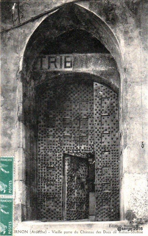 Porte du chateau