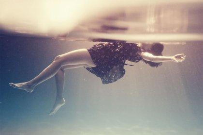 Perdre un �tre cher, c'est perdre un morceau de sa vie, une pi�ce d'un puzzle que l'on ne pourra finir et qui restera � jamais inachev� au plus profond de notre coeur