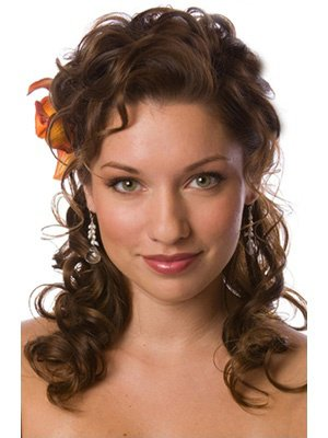 coiffure mariage visage rond cheveux boucl s organisatrice mariages. Black Bedroom Furniture Sets. Home Design Ideas