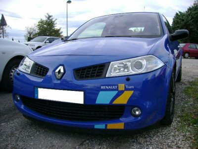 renault megane rs f1 team r26 bleu 1 provencevaucluse uto. Black Bedroom Furniture Sets. Home Design Ideas