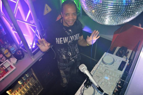 SUCCESSFUL PARTY BY DJ TONY> 30/04/16