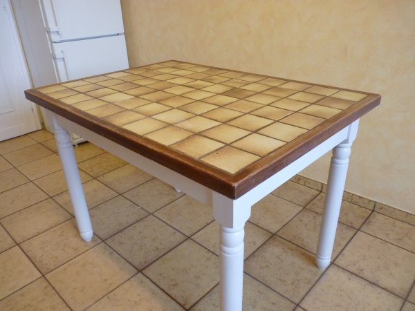 Avant apres la renovation de meubles sans le decapage - Relooker table de cuisine ...