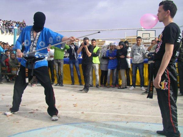 DEMONSTRATION au lycée zaytoun 17 mars 2012.