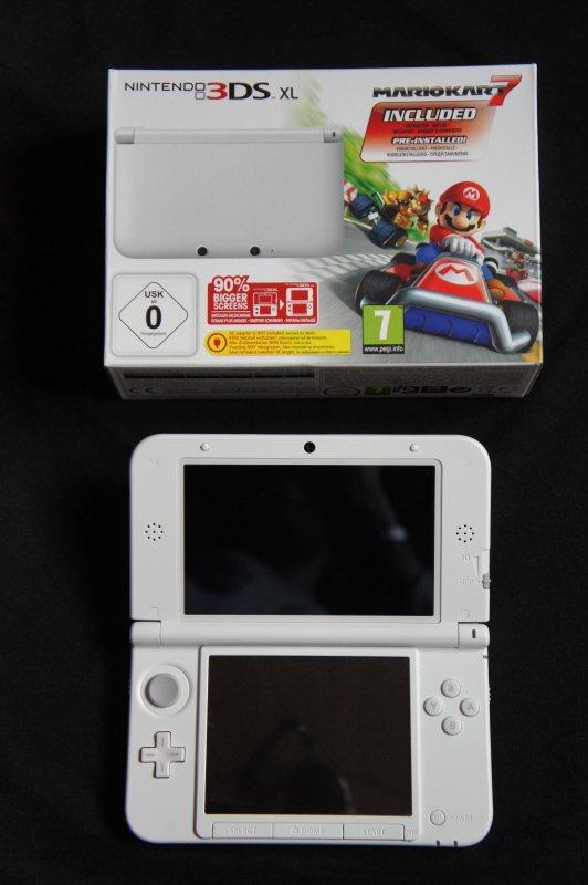 Console nintendo 3ds xl blanche edition limite mariokart 7 blog de zelda anthologie - Console 3ds xl blanche avec mario kart 7 ...