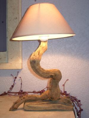 lampe bois flotte realisations d 39 objets bois flotte. Black Bedroom Furniture Sets. Home Design Ideas