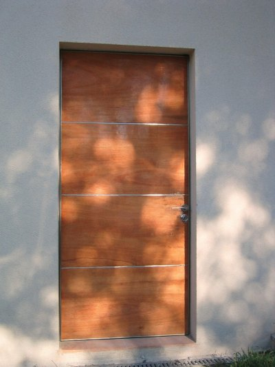 Porte blindee bois et inox cjm design for Porte blindee design