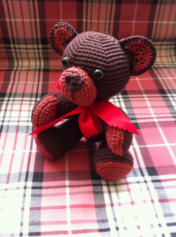 Caramel l ourson r�alis� au crochet