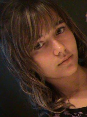 <b>Chloé Langlois</b> - 2125678777_small_1