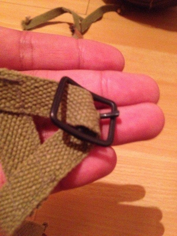 Sangles en V pour sous-casque de parachutiste + Mentonnière en cuir pour liner para.