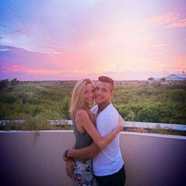 Alexis & Laia sous le coucher du soleil � Cancun !