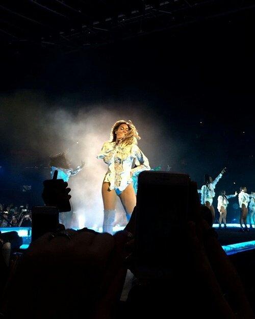 J'AI GAGN� MES PLACES AVEC SKYROCK : Le concert de Beyonce � Paris !