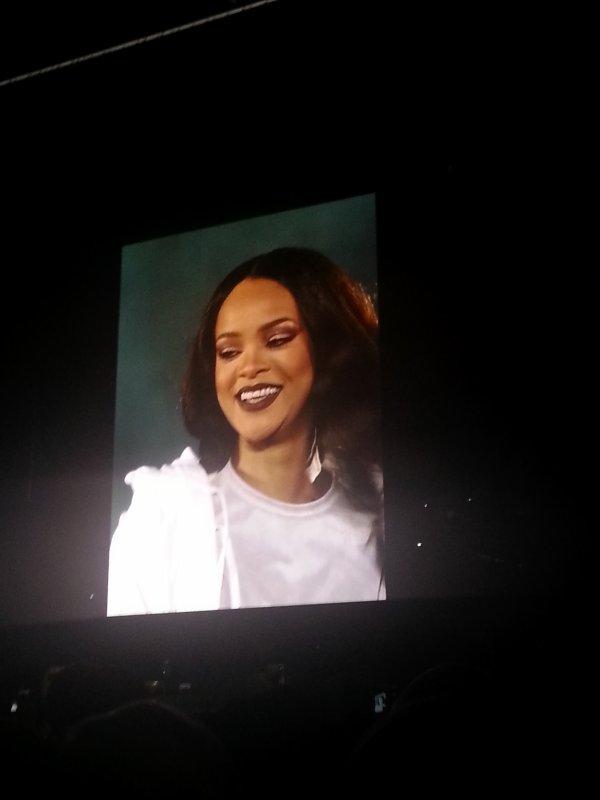 J'AI GAGNÉ MES PLACES AVEC SKYROCK : Le concert de Rihanna à Lille !