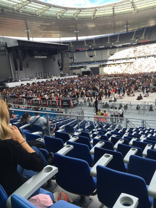 J'AI GAGNÉ MES PLACES AVEC SKYROCK : Le concert de Rihanna à Paris !