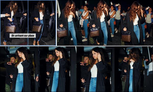 - 03/04/16 - Plus tard le soir, Selena Gomez arrivait au bar branch� � The Nice Guy � � West Hollywood, en CA ![/s#00000ize]Sel a troqu� sa combinaison pour un jeans de style boyfriend avec un simple d�bardeur blanc accompagn� d'une longue veste noire. T'aimes bien ?  -