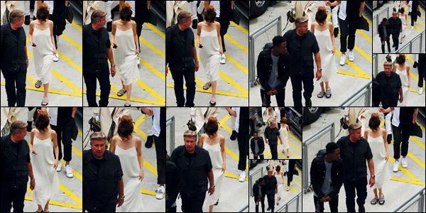 - 11/06/16 - Plus t�t, Selena Gomez quittait son h�tel de r�sidence se trouvant dans la ville de Miami, en Floride ![/s#00000ize]Plus tard, elle a �t� photographi�e en arrivant au American Airlines Arena pour les r�p�titions de son Revival Tour le soir m�me. Un top ou un flop ? -