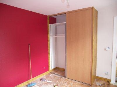 Chambre a coucher isolation placo fibre peinture plinthes for Placard chambre a coucher