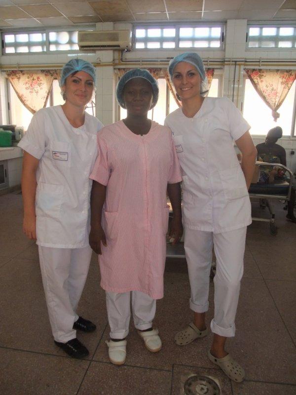 Témoignage de Chloé et Perrine, en stage infirmier au CHU Sylvanus Olympio de Lomé pendant 1 mois