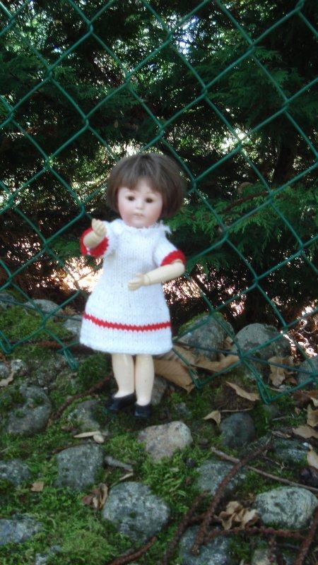 Loulotte �trenne une robe automnale