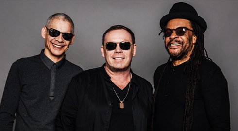 UB40 - LIVE IN SINGAPORE (2 avril 2016)