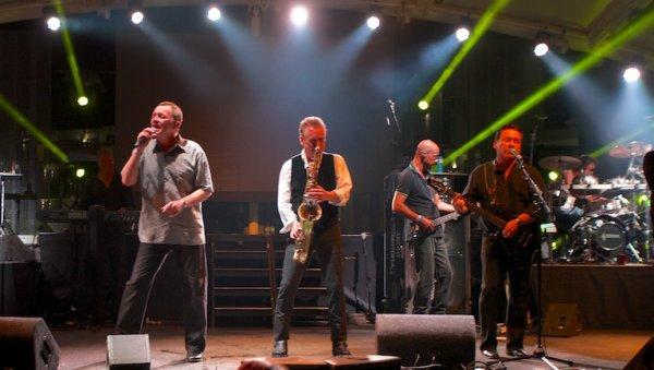 UB40 - LIVE IN IBIZA (2014)