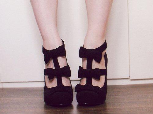 chaussures plates talons l 39 entretien des conseils mode. Black Bedroom Furniture Sets. Home Design Ideas