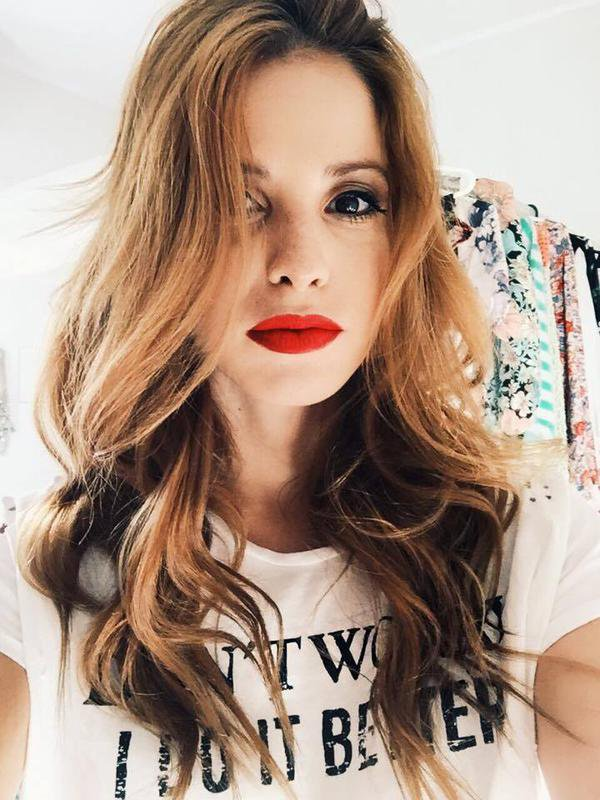 Violetta 3 Polska: Cande pisze...