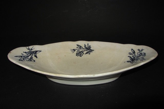Belle assiette ancienne en porcelaine de chantilly porcelain plate ebay - Vasque ancienne en porcelaine ...
