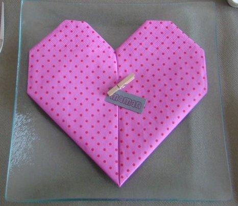 Pliage de serviette blog de cuizles - Serviette pliage coeur ...